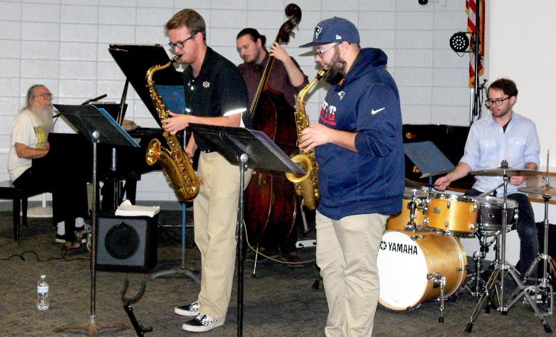 010-Hairy_Larry--44-_Tyler--44-_Spencer--44-_Jon--44-_and_Alex_playing_at_New_Jazz_In_Jonesboro.jpg